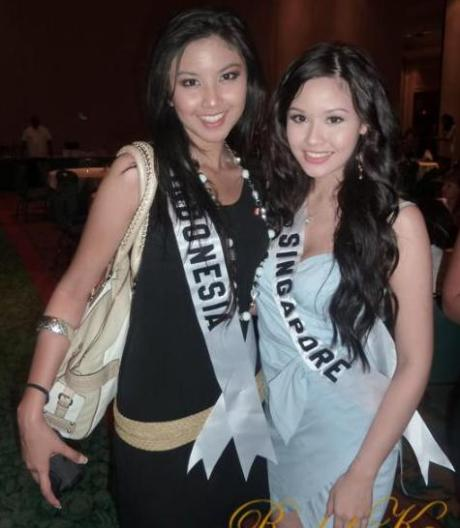 Zizi_with_miss_Singapore