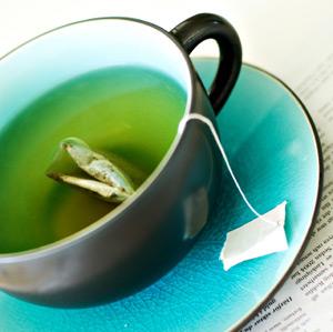 makanan dan minuman sehat, makanan penambah stamina. minuman berenergi alami, manfaat buah pisang stroberi teh hijau